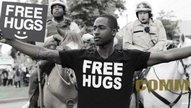 Free Hugs Project